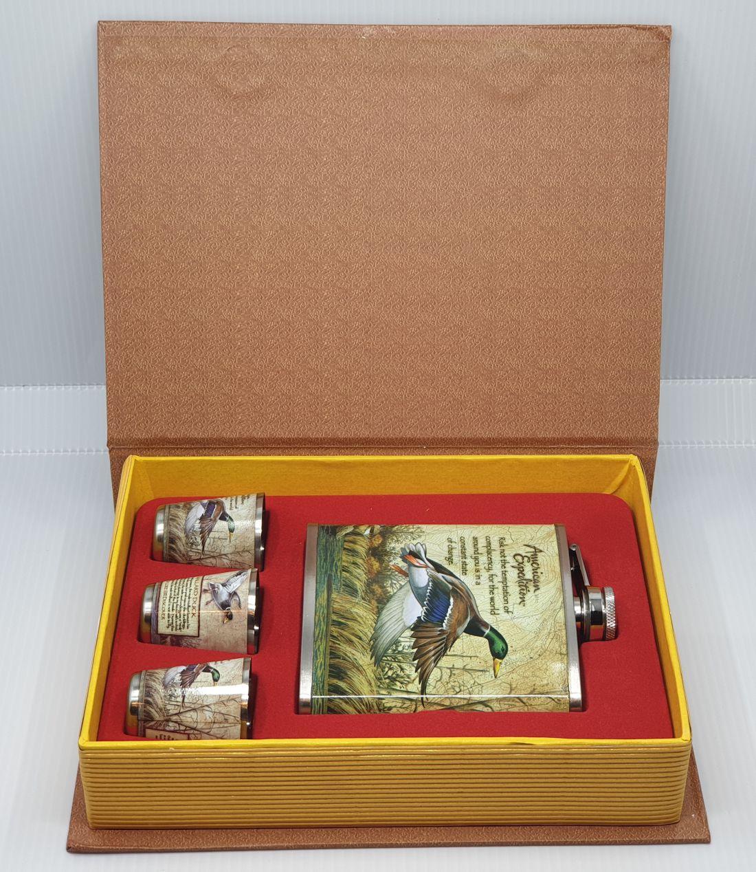Flaska szett - Vadkacsa, könyv alakú dobozban