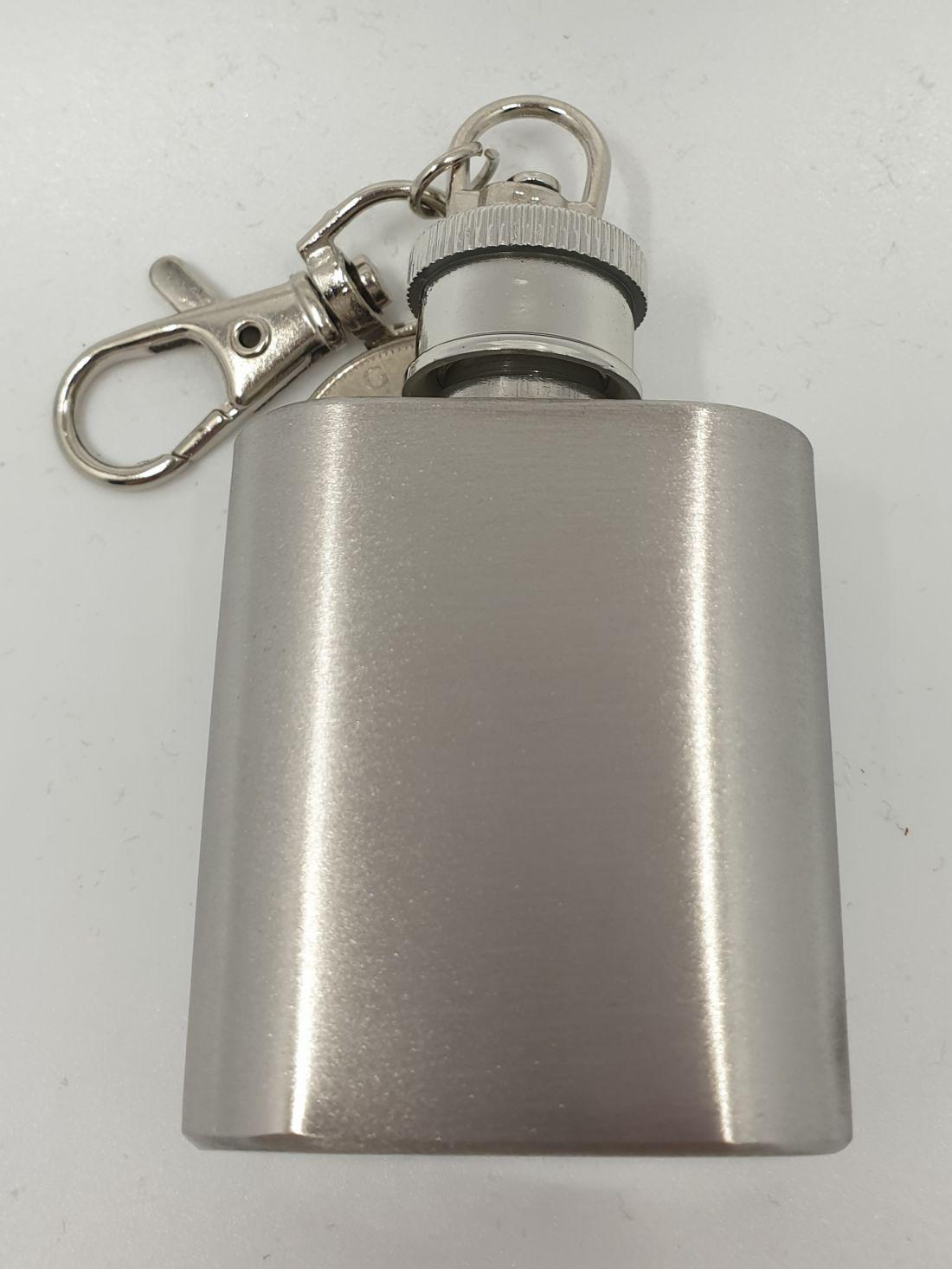 Flaska - kulcstartó gravírozható
